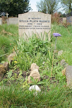English: Grave of Sylvia Plath The grave of po...