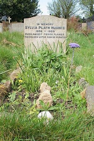 English: Grave of Sylvia Plath The grave of po...