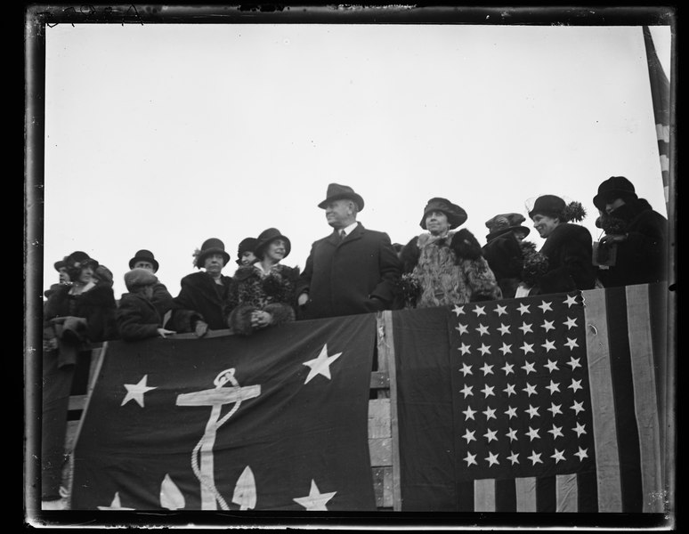 File:Group; includes Edwin Denby and Grace Coolidge in ...