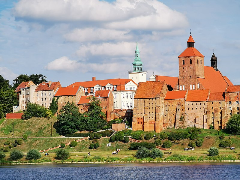 File:Grudziądz view 02.jpg