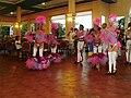 Grupo de bailarines Sirenis Cuba 3.JPG