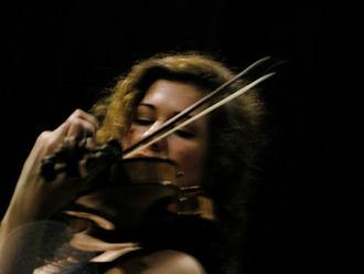 Gwendolyn Masin - Masin performing in concert in Bern, 2007