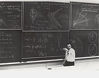 Feynman's Lost Lecture: The Motion of Planets Around the Sun cover