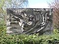 HGW Rudolf-Petershagen-Allee Rosengarten Skulptur 2.JPG