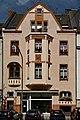 Haus Benrodestrasse 52 in Duesseldorf-Benrath, von Sueden.jpg