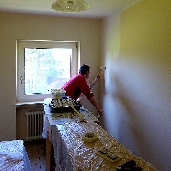File:Heimwerker - Maler (DIY) 01.jpg