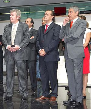 José Sócrates - Chris Dedicoat, Helder Antunes, and Sócrates at the 2008 Cisco Portugal Official Inauguration.
