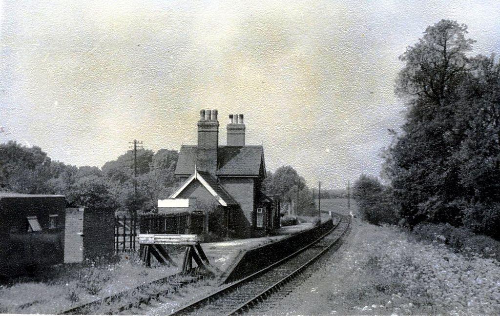 Hertingfordbury railway station (1953)