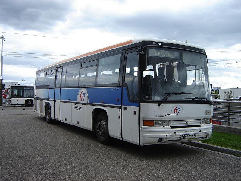 Heuliez Bus 800px-Heuliez_GX_57_R%C3%A9seau_67_n%C2%B0155_Strasbourg_Baggersee