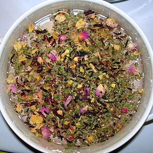 Herbal tea - Herbal tea made from hibiscus beginning to steep