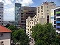 Hotel Rheingold und Volksbank vor dem Freiburger Hauptbahnhof 2.jpg