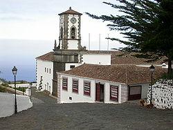 Iglesia de Mazo 02.jpg