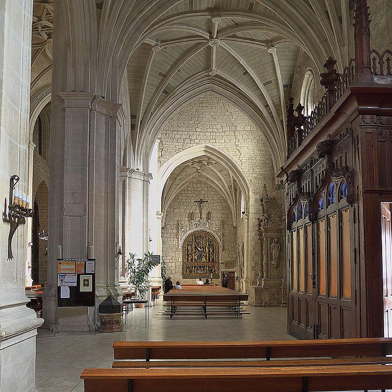 Iglesia de San Lesmes Abad (Burgos). Nave de la Epístola.jpg