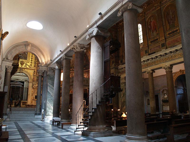 Interior de Santa Maria in Trastevere. 04.jpg