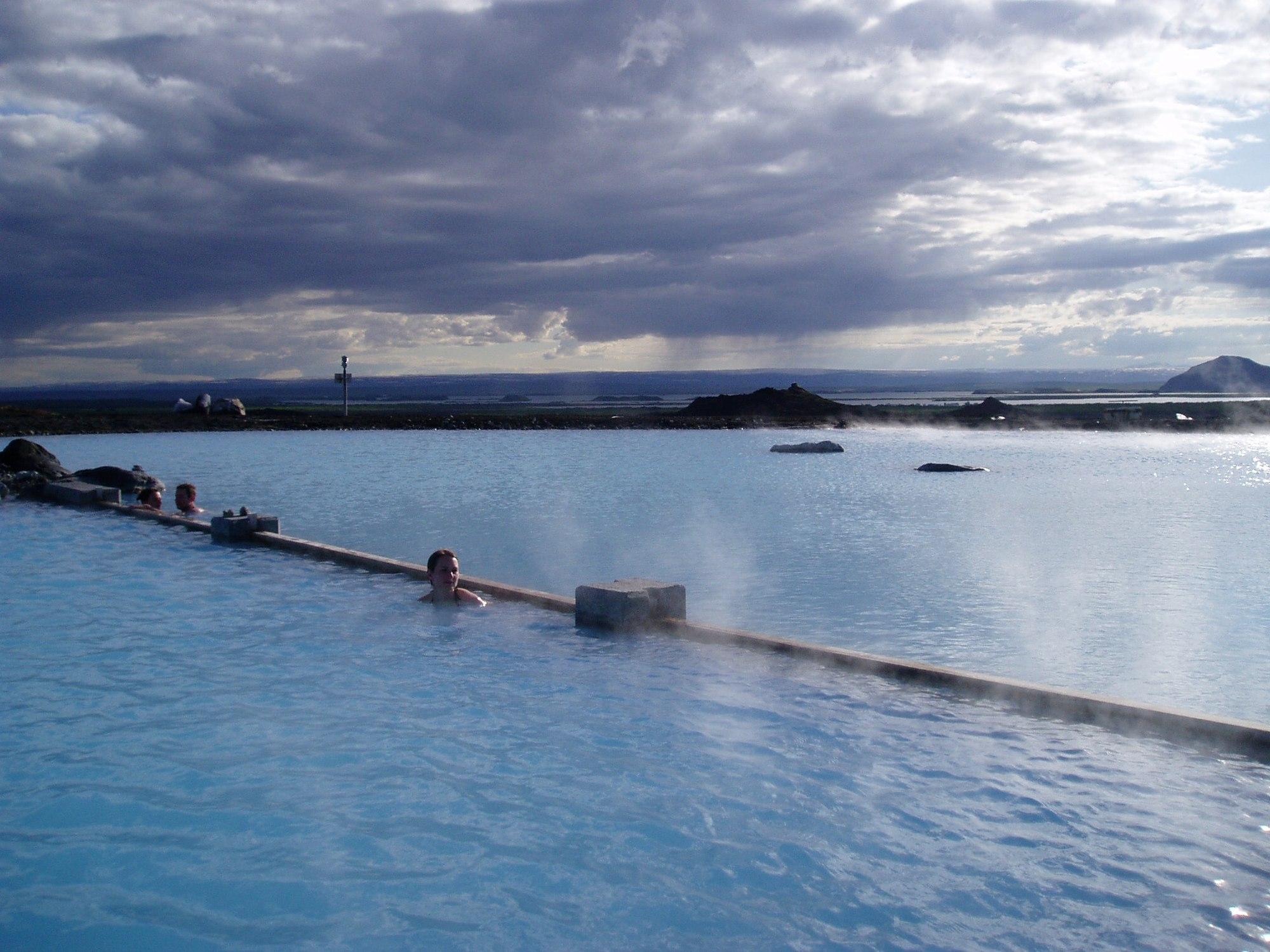 بلو لاگون (چشمه آبگرم)
