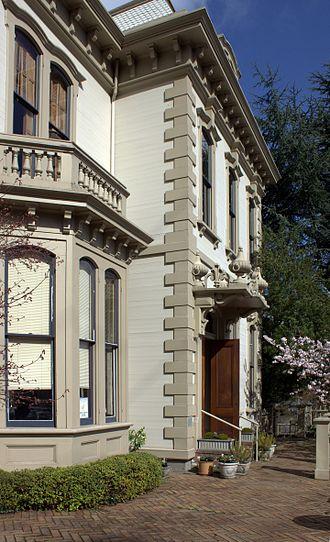 Jacob Kamm House - Image: Jacob Kamm House front side Portland Oregon