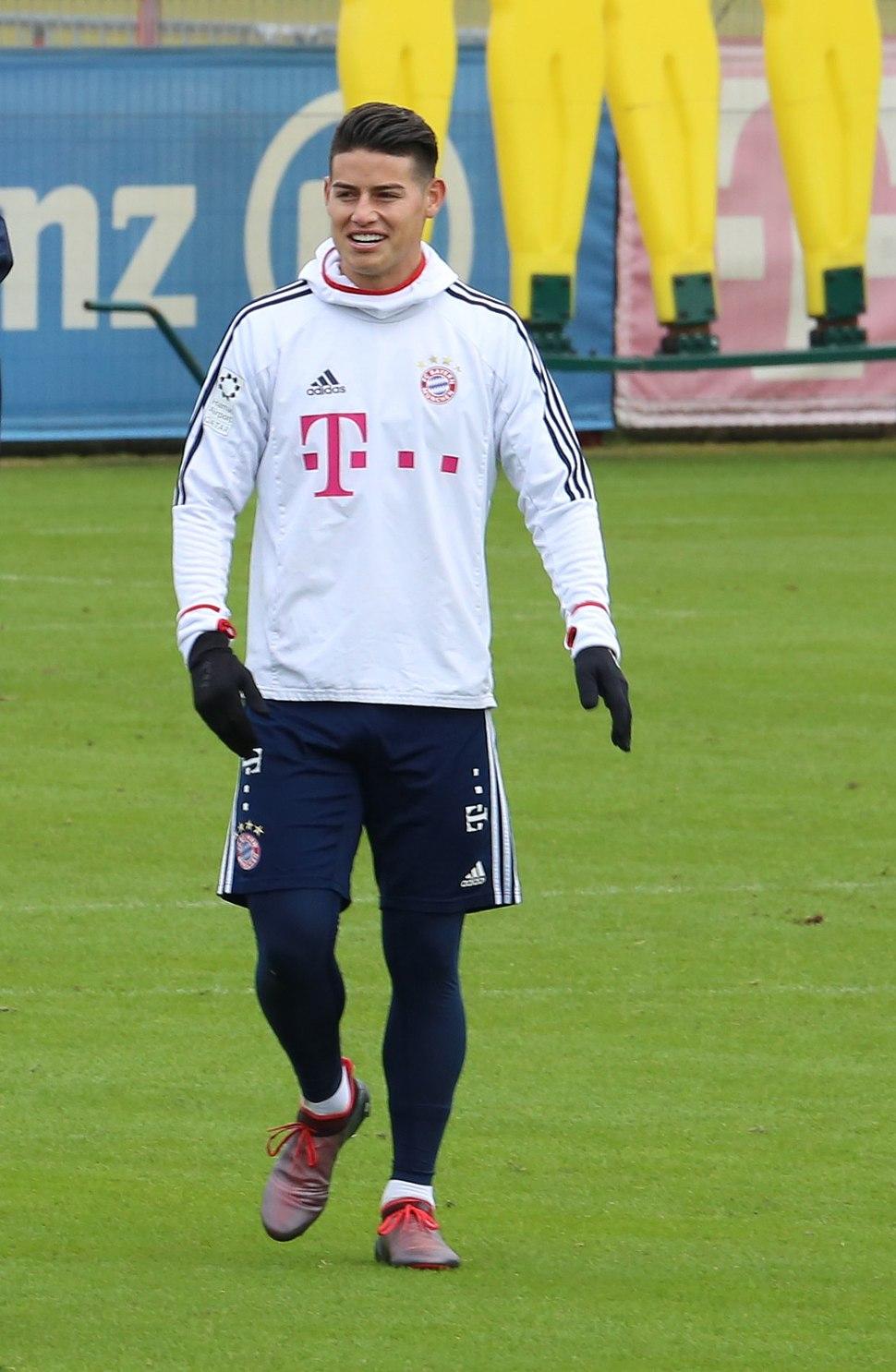 James Training 2018-01-28 FC Bayern Muenchen-4