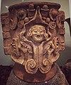 Jarrón de barro, elaborado por artesanos de la cultura xochicalca.jpg