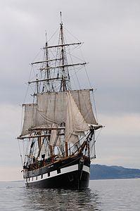 Jeanie Johnston (Dublin Bay).jpg