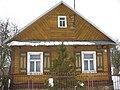 Jedna z drewnianych chatek w Socach with characteristic colored decorations..JPG