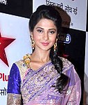 Jennifer Winget at the '11th Star Parivaar Awards 2013' (cropped).jpg