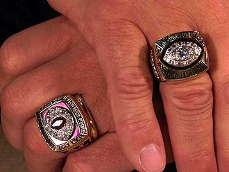 Super Bowl ring - Joe Theismann's NFL rings (2006); his 1983 NFC Championship ring (left), and his 1982 Super Bowl XVII Championship ring (right)