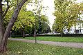 Kölner-Stadtwald-Hültzplatz-im-Hintergrund-die-Friedrich-Schmidt-Str.JPG