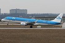 KLM Cityhopper E190 PH-EZA.jpg