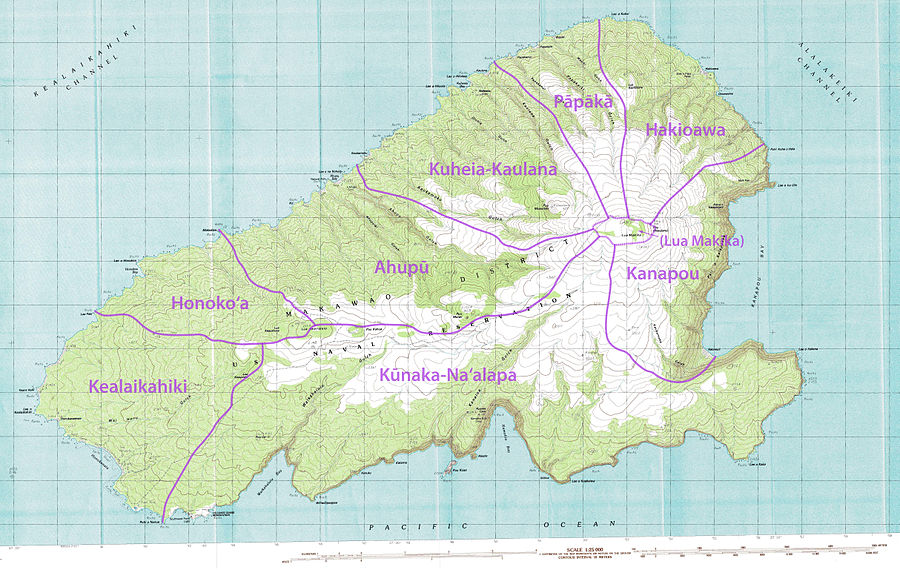 Topographical map of Kaho`olawe with traditional `ili subdivisions Kahoolawe - Map of the Administrative Divisions.jpg