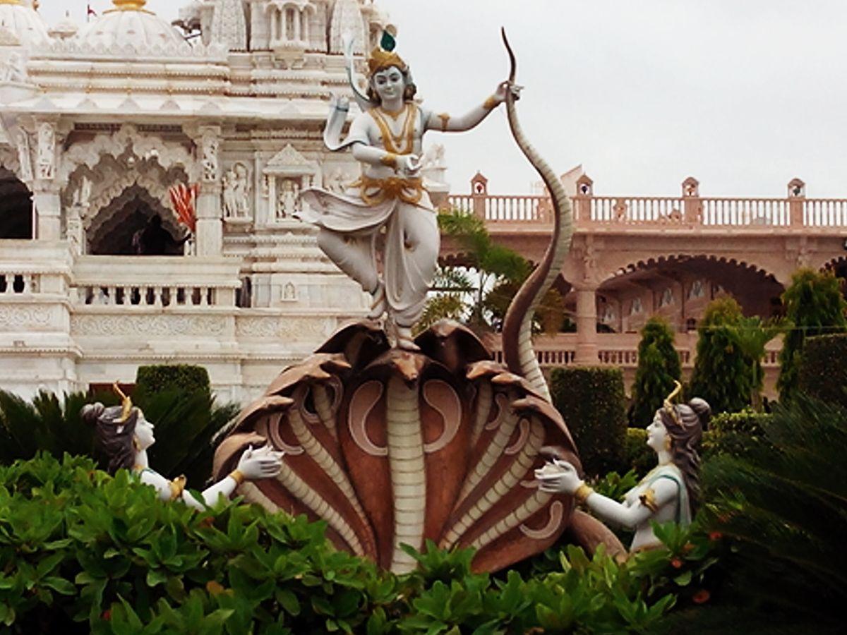 Kaliya daman by Krishna.jpg
