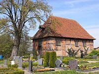 Kirche in Zepelin.jpg