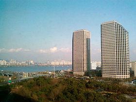 Korea-Seoul-Yeouido-LG Twin building-01.jpg