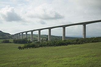 M7 motorway (Hungary) - Image: Koroshegy viaduct 02
