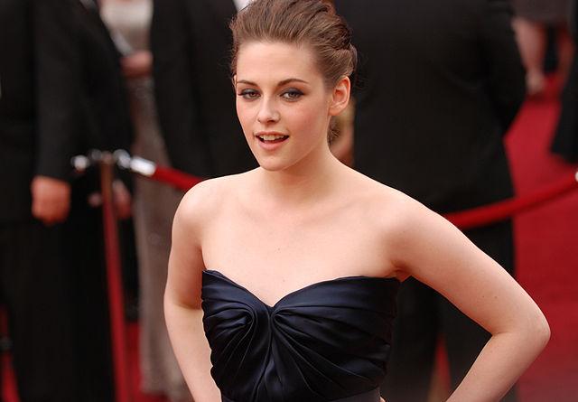 Kristen Stewart @ 2010 Academy Awards