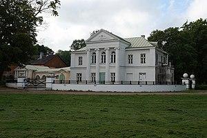 Kumna - Kumna manor