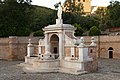La Fontana Cavallina all'alba.jpg