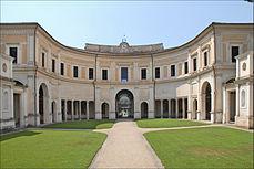 La cour dentrée de la Villa Giulia (Rome) (5883873822).jpg