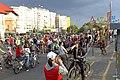 La protest pe 2 roti, cu aparatul de gat (5) (9875171986).jpg