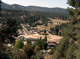 Lake of the Woods, California - Western Lake of the Woods, with Lockwood Valley Road and Lakewood Drive in the center. The buildings at bottom front on Frasier Mountain Park Road. Click the image for a larger photo.