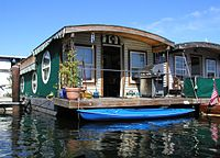 LakeUnionHouseboat.jpg
