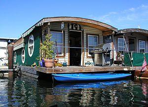 LakeUnionHouseboat