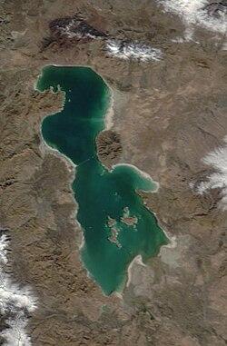 Lake Urmia 2003.jpg