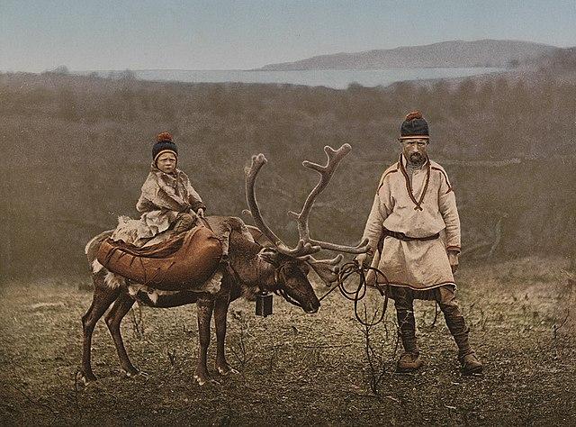A Sami man and child, cca 1900