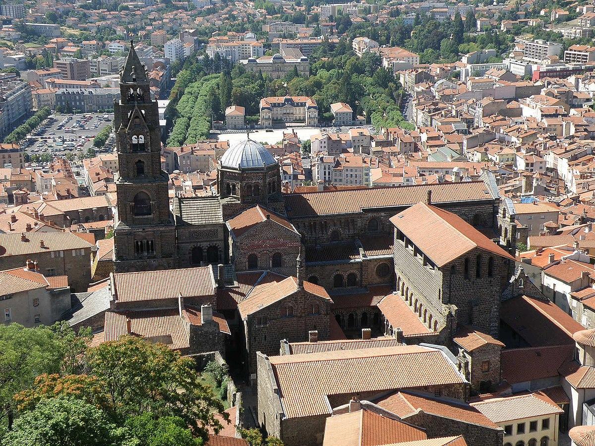 Architecte Le Puy En Velay file:le puy-en-velay cathédrale11 - wikimedia commons
