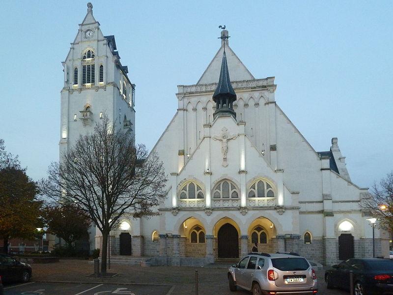 Eglise de la Nativité de Notre-Dame (Linselles) à   Linselles  Nord (département_français)