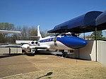 Lockheed Jetstar Hound Dog II Graceland Memphis TN 2013-04-01 014.jpg