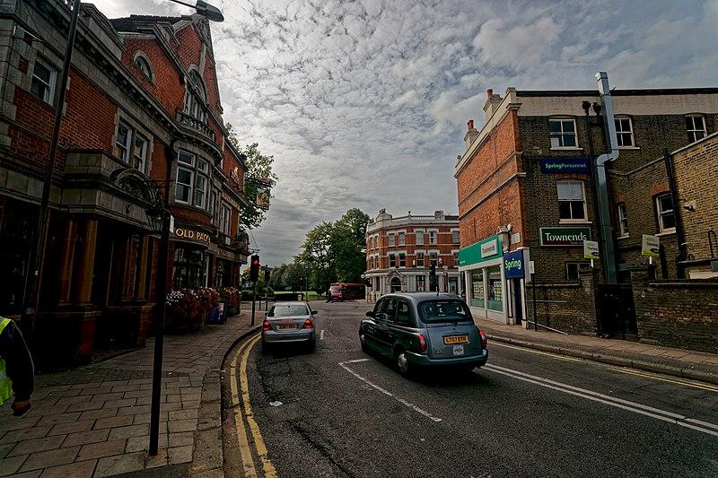 File:London - Acton Lane - View South.jpg