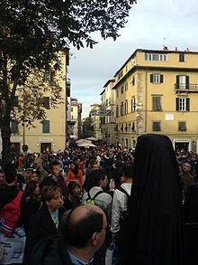 Visitatori in Via Vittorio Veneto durante l'ultimo giorno dell'edizione 2007