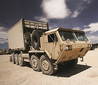 Palletized load system - Image: M1075A0 PLS with Oshkosh CHU 2