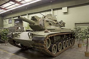 "M60A2 ""Starship"" Left Side.jpg"